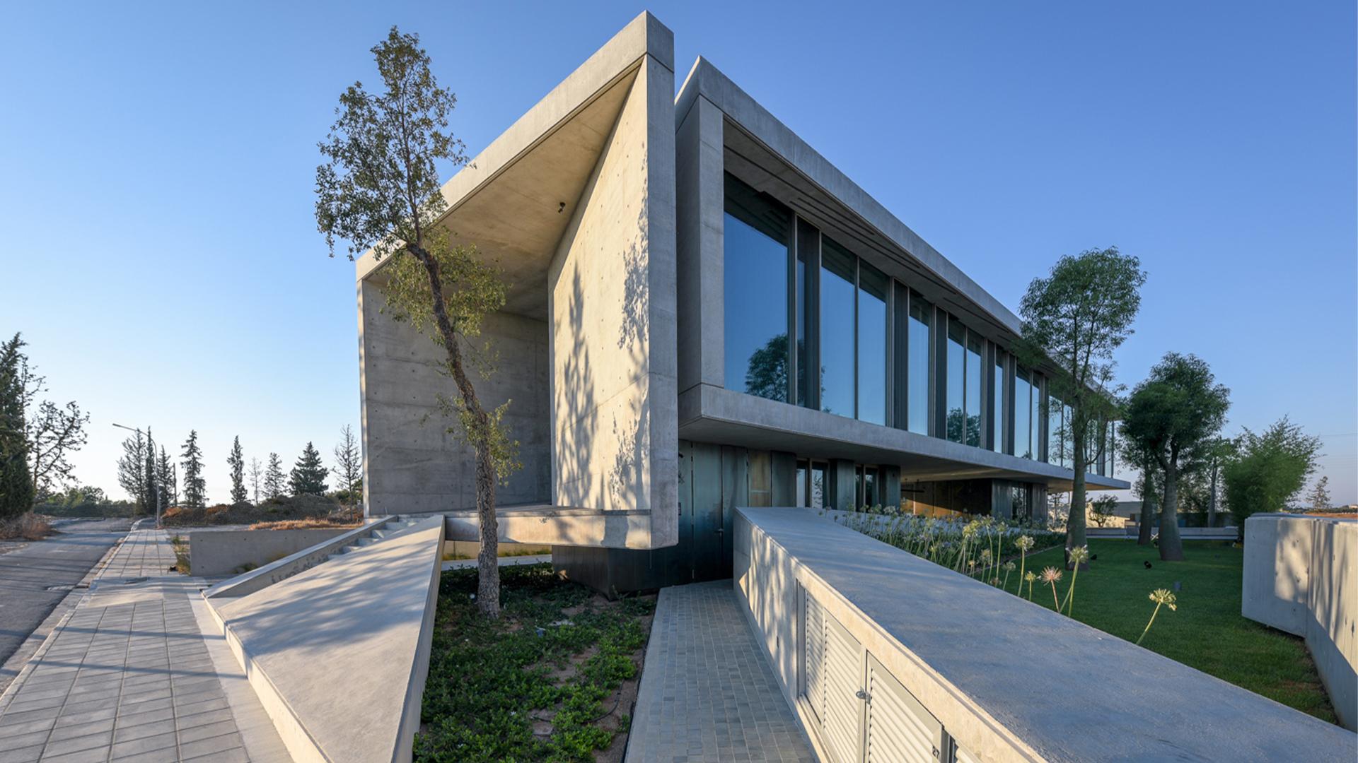 """Nicosia, Cyprus """"Papachristou Residence""""- Private villa - Oikos"""