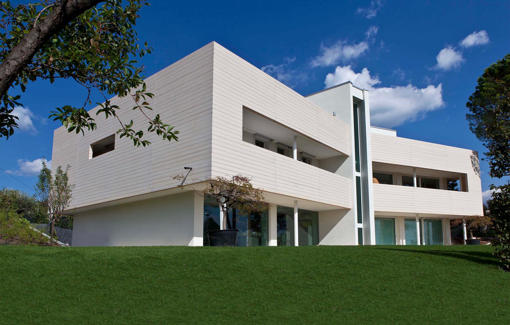 Novara, Italia – Ristrutturazione architettonica casa unifamiliare - Oikos